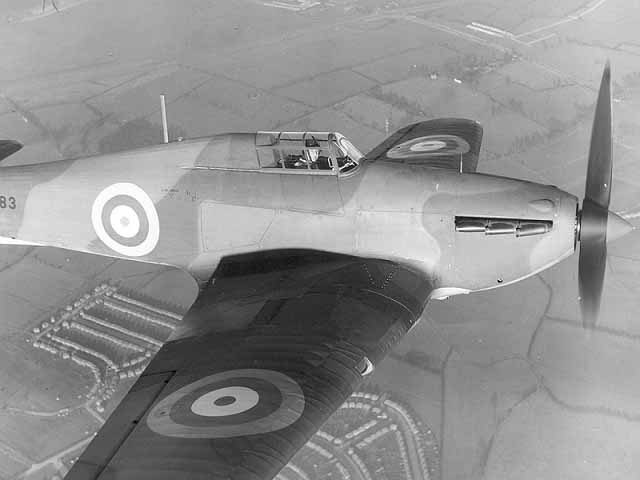 hawker_hurricane_close_up.jpg