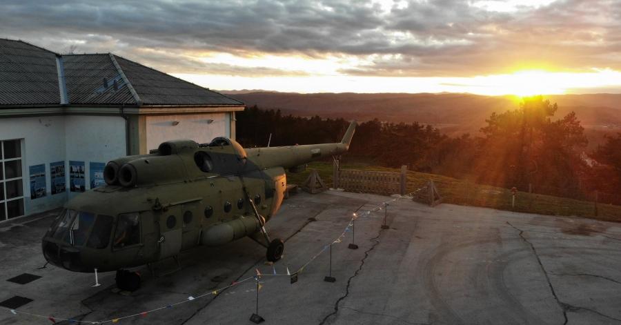 V Parku vojaške zgodovine so dobili nov helikopter