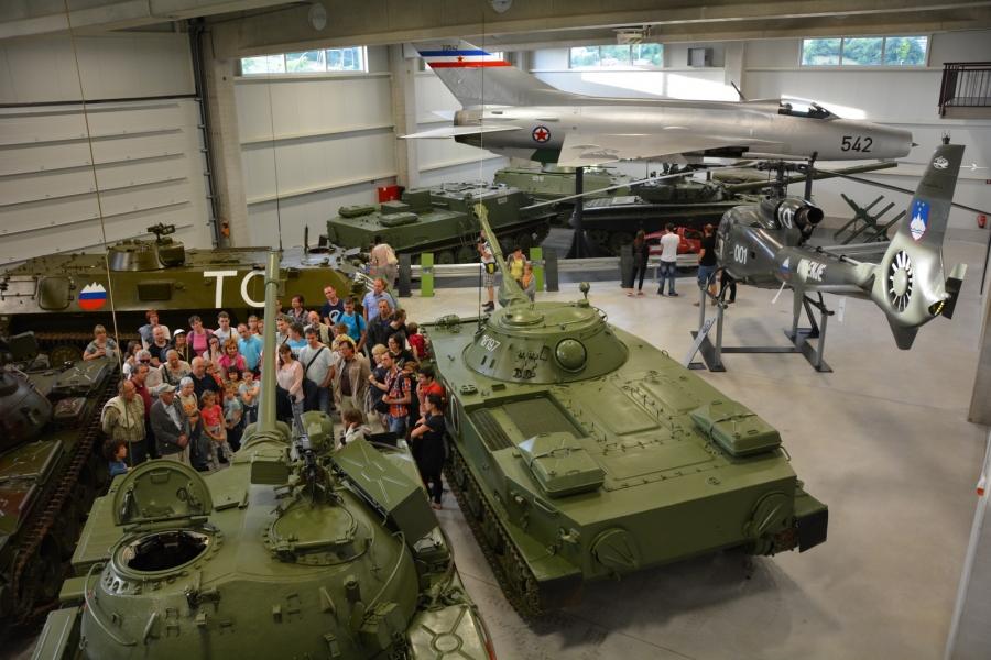 Festival vojaške zgodovine v znamenju letalstva